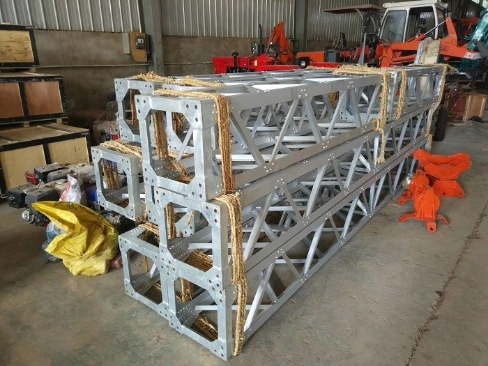 Aluminum Alloy A Shape Lattice Gin Pole  Derricks For Installation Towers