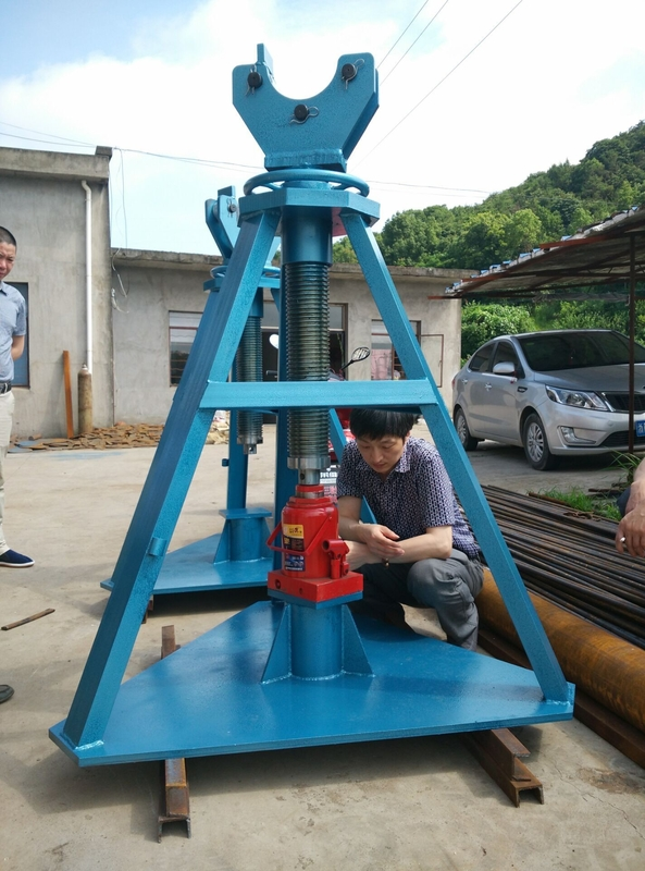 Heavy Duty 50T Tower Erection Tools Cabel Drum Stand With Hydraulic Jack For Releasing Wire