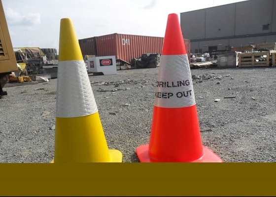 China Traffic Retractable Safety Cones For Construction Area Customized Design factory